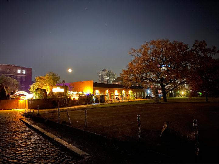 Festsaal Kreuzberg at night